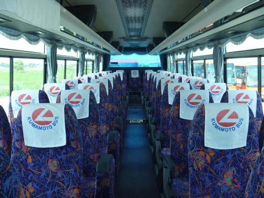 大型バス スーパーハイデッカーサロンタイプシート